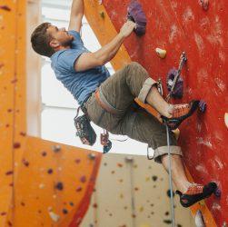arrampicata sportiva indoor